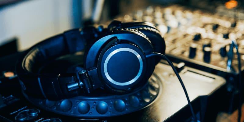 Auriculares para producción musical