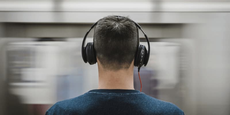 headphone for hearing impaired